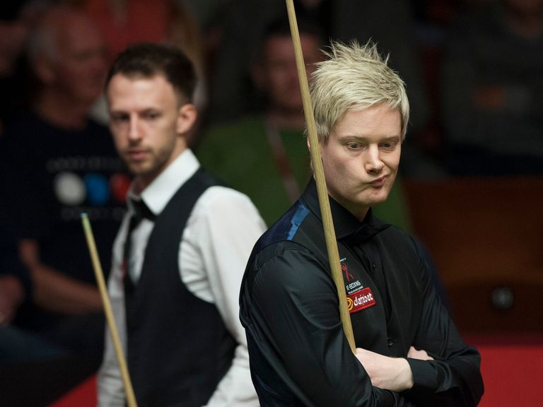 Neil Robertson beat Judd Trump to reach the semi-finals