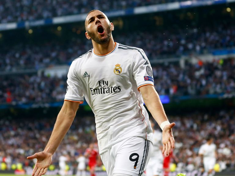 Real's Karim Benzema celebrates scoring the only goal