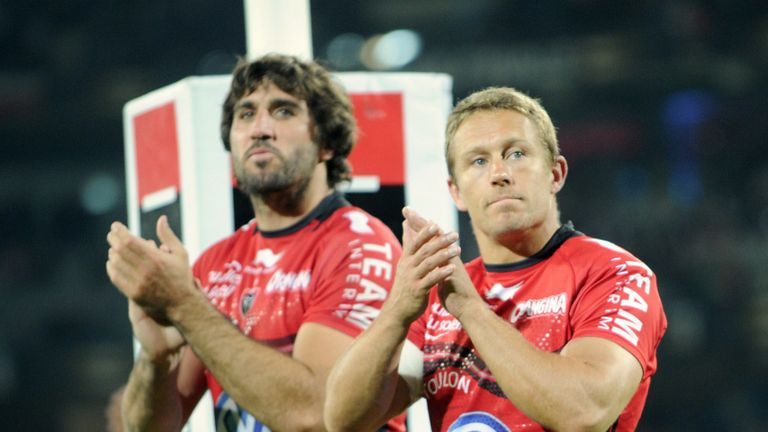 Lobbe and Wilkinson celebrate together with Toulon