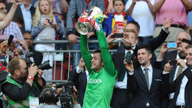 Lukasz Fabianski: Has offers from England and overseas