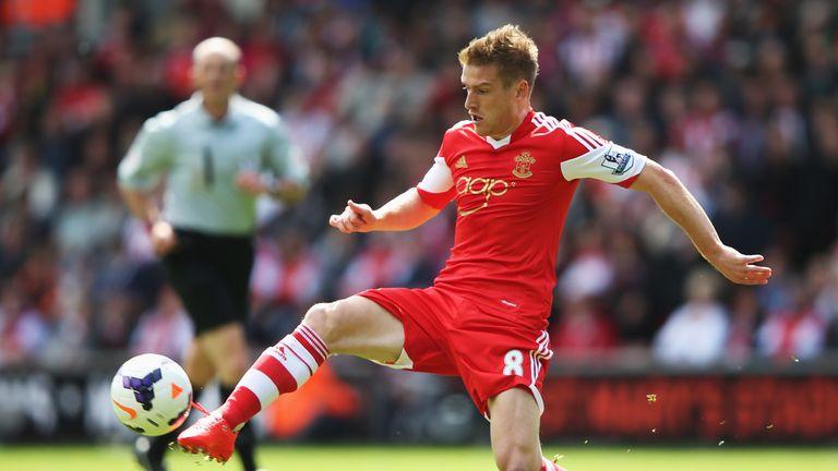 Steven Davis: Southampton midfielder says Rickie Lambert deserved move