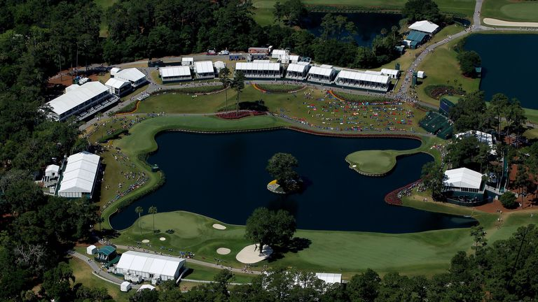 The 16th and 17th holes seen from the MetLife Blimp