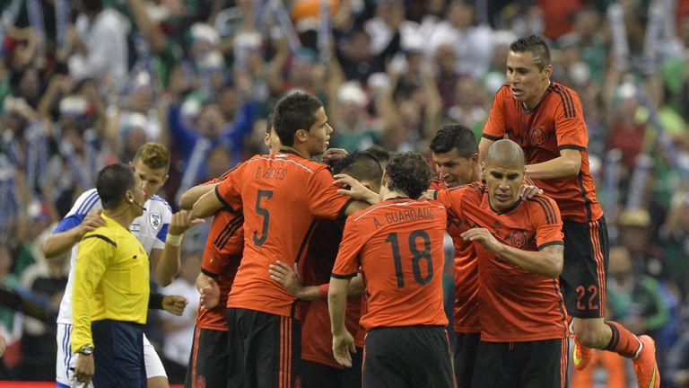 Mexico: Saw off Israel 3-0