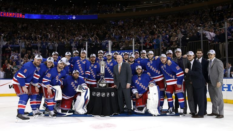 The New York Rangers pose with Eastern Conference after defeating the Montreal Canadiens