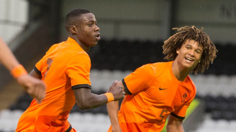 Quincy Promes: Celebrates goal with Nathan Ake