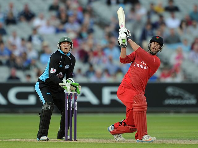 Tom Smith: Helped Lancashire to an easy win