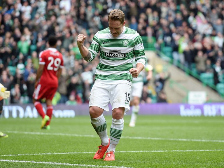 Kris Commons celebrates after netting Celtic's fourth