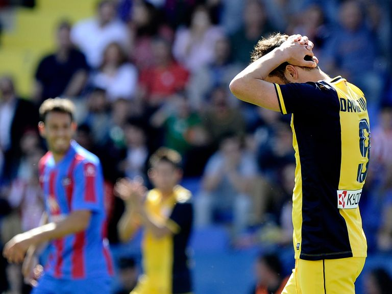 David Villa reacts after conceding against Levante