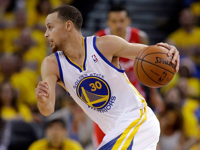 Stephen Curry: Led the way with 24 points and nine assists for the Warriors