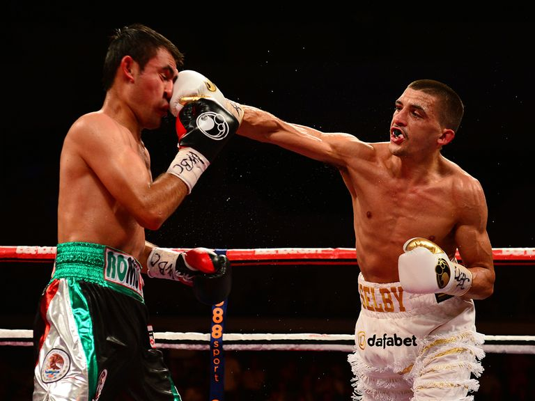 Lee Selby hits out on his way to victory