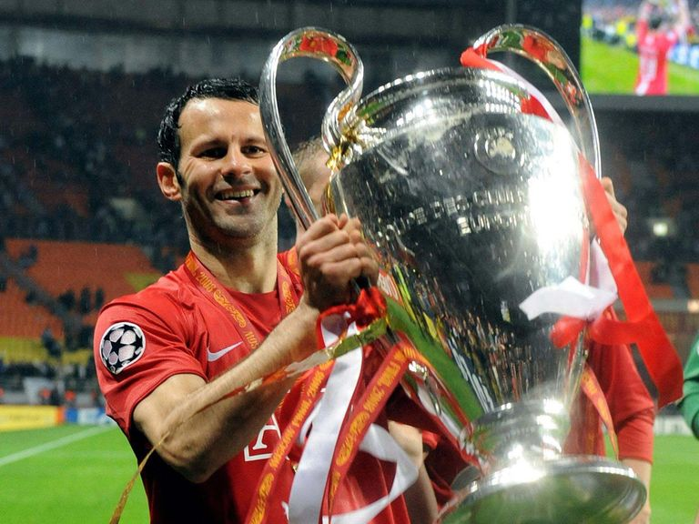 Ryan Giggs celebrates winning the Champions League in 2008