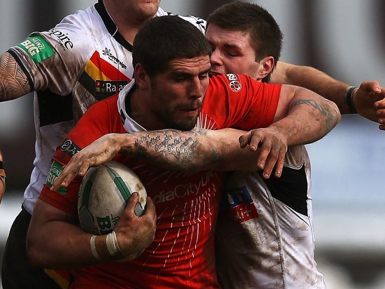 Lee Jewitt: Joins Castleford for the rest of the season