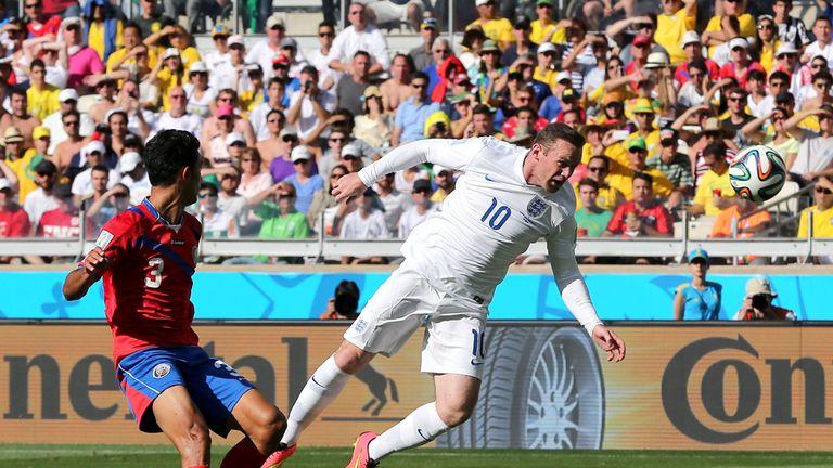 Wayne Rooney: Goes close late on