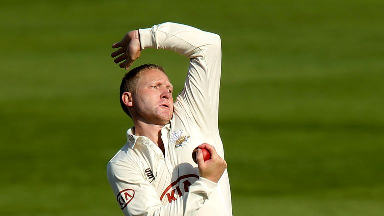 Gareth Batty: Late double strike
