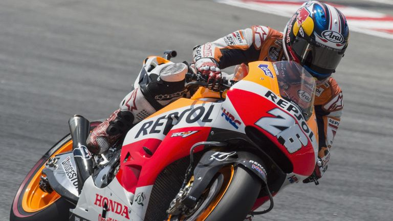 Dani Pedrosa claims pole in Barcelona