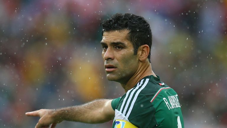 Rafael Marquez: Long passing
