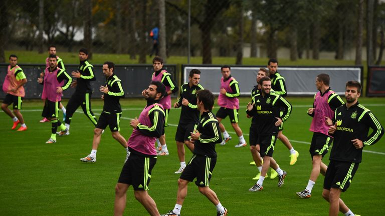Spain players training in Curitiba