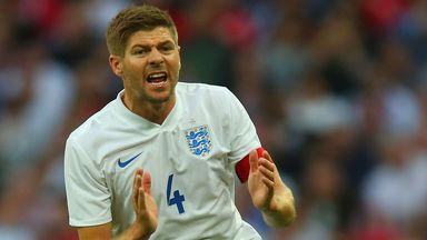 Steven Gerrard: England captain urged to stay in role by David Beckham
