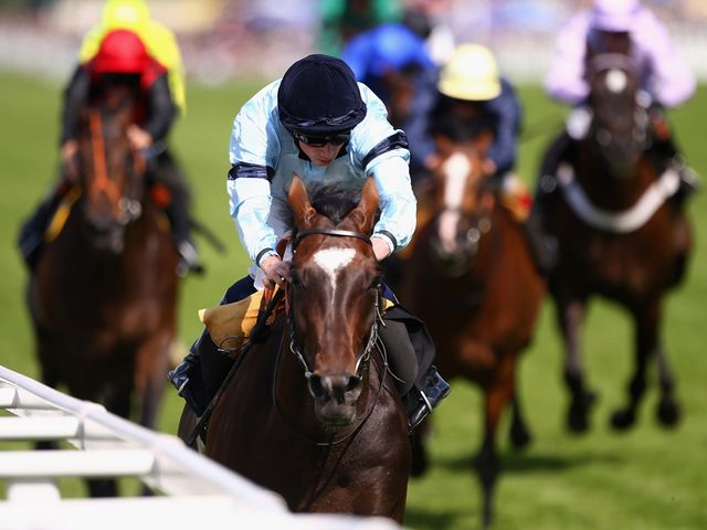 Telescope  wins the Hardwicke Stakes in fantastic style