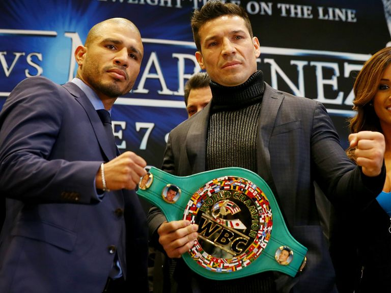 Miguel Cotto (l) takes on Sergio Martinez this weekend