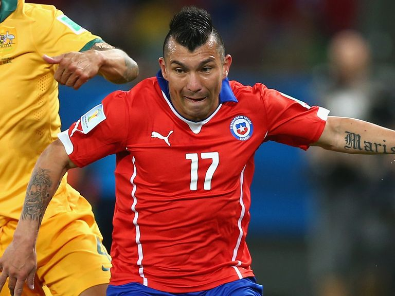 Gary Medel: Linked up with Inter