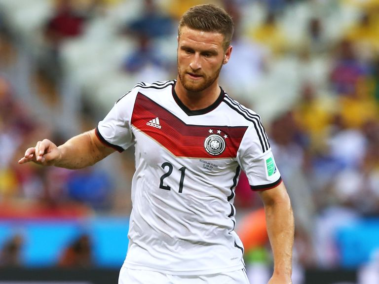 Shkodran Mustafi: Suffered thigh injury against Algeria