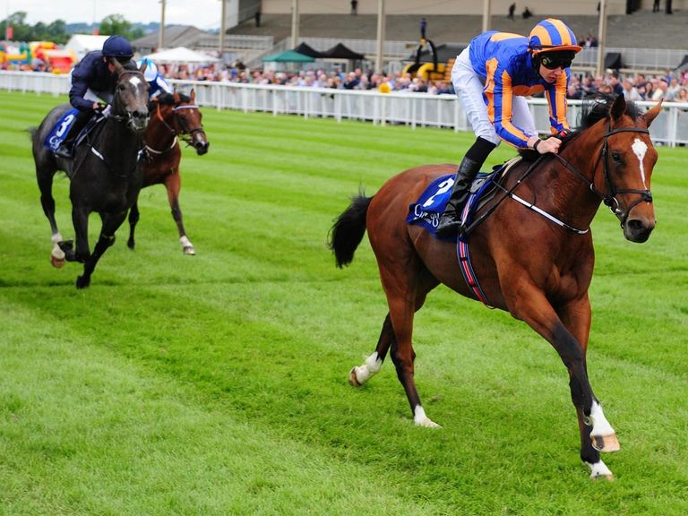 Gleneagles wins the Barronstown Stud European Breeders Fund Maiden at the Curragh