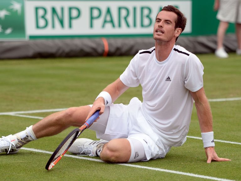 Murray on to way to victory in his Wimbledon warm-up game