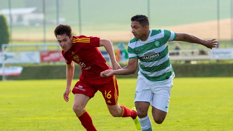 Emilio Izaguirre in action for Celtic