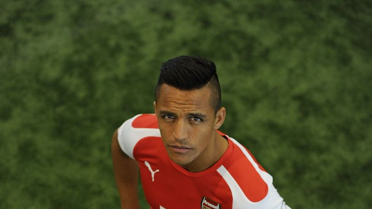 Alexis Sanchez: Unveiled by Arsenal
