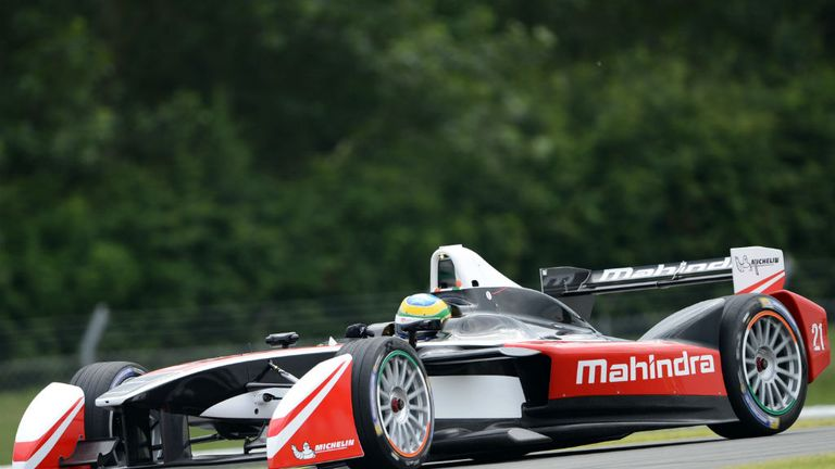 Formula E cars will run on 18-inch wheels