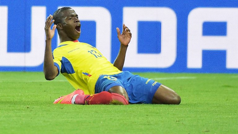 Enner Valencia: West Ham announce his signing