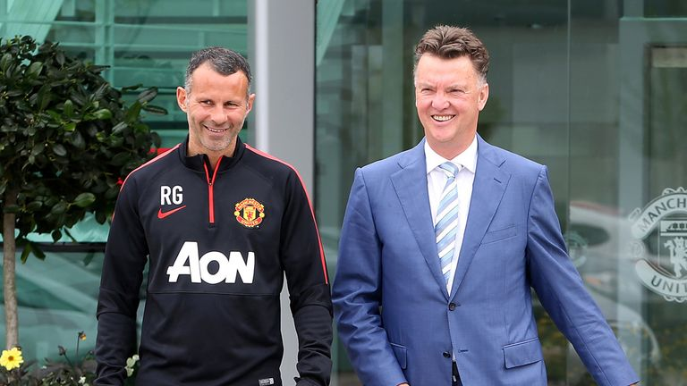 Ryan Giggs: Assistant says Louis van Gaal has an aura