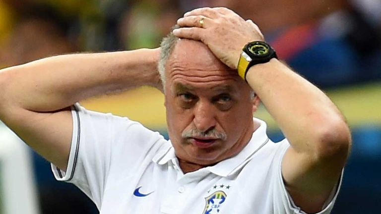Scolari: Left post after World Cup