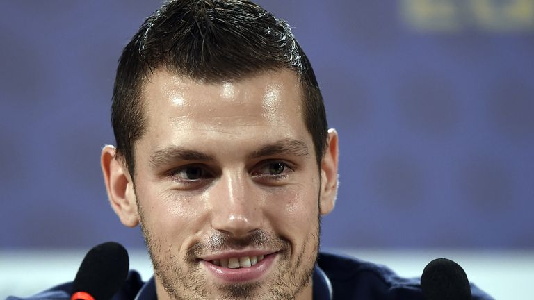 Morgan Schneiderlin: Staying at Southampton, says Ronald Koeman