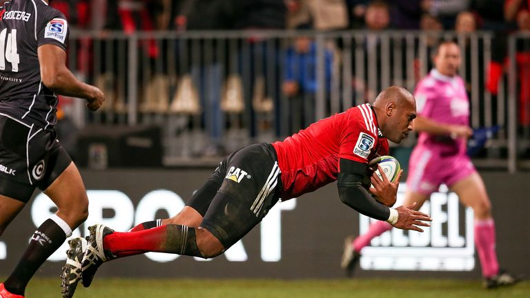 Nemani Nadolo: New deal for prolific Crusaders winger