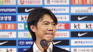 Hong Myung-bo: South Korea coach has stepped down after a disappointing time in Brazil