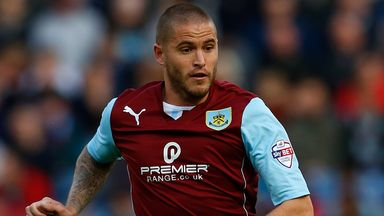 Michael Kightly: Loan move confirmed