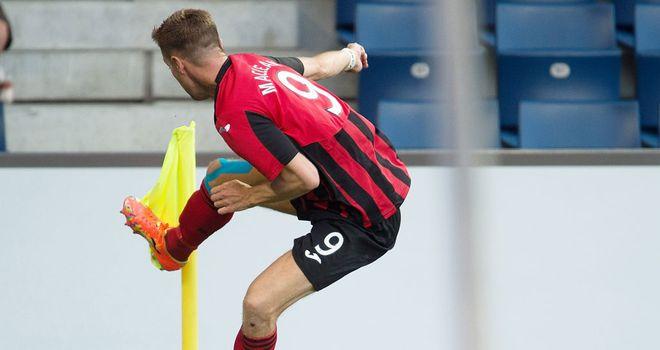 Steven MacLean: Celebrates his goal against Luzern