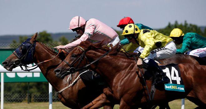 Sennockian Star beats his stablemates to glory