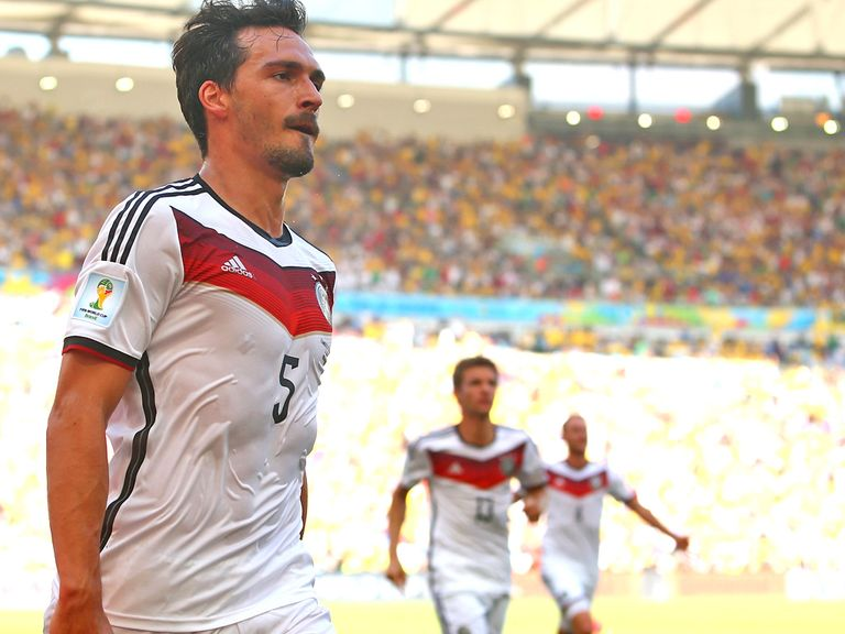 Hummels: Looks to be staying with Borussia Dortmund