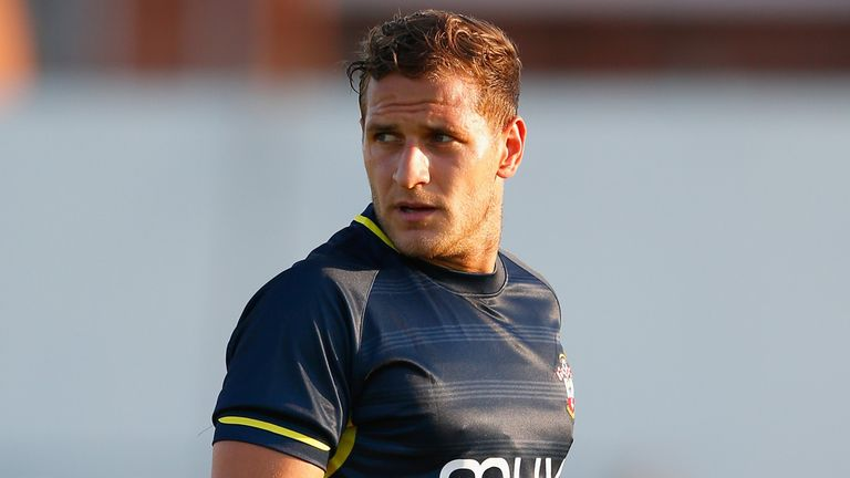 Billy Sharp: Completes move to Leeds