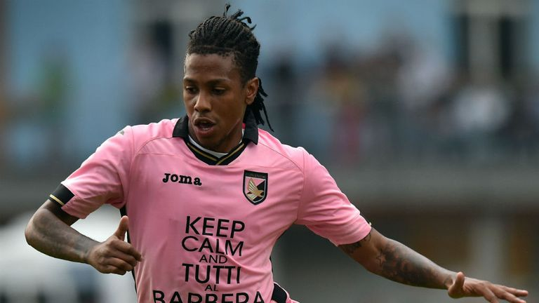 Abel Hernandez: Joins Hull on three-year contract