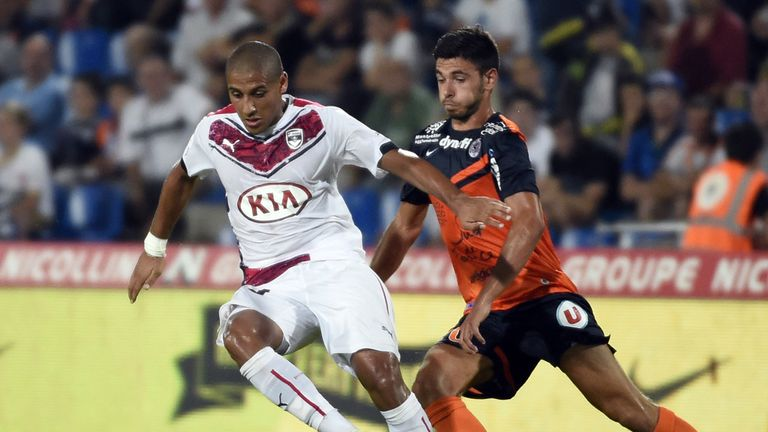 Bordeaux's Malian midfielder Wahbi Khazri vies with Morgan Sanson