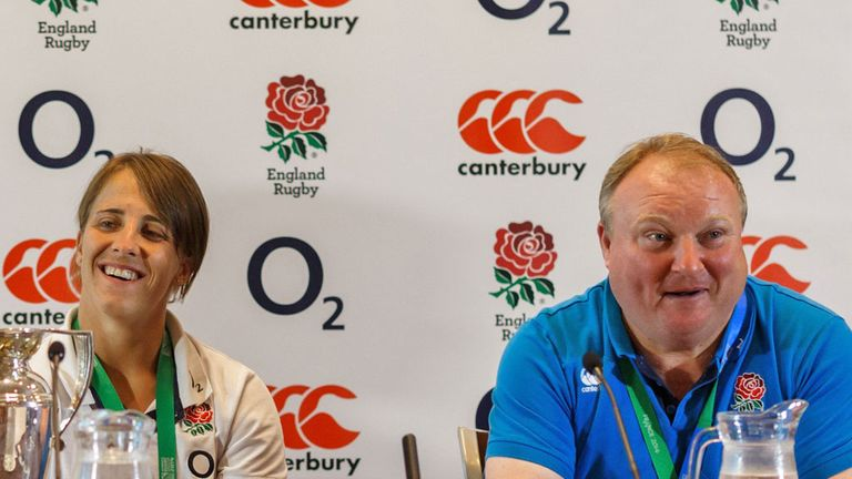 Street: England coach wants women to turn to professionalism
