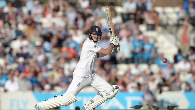 Root closes in on his fifth Test century