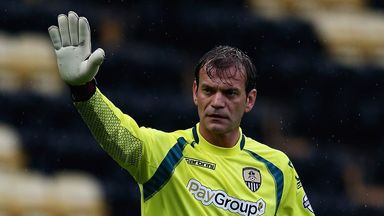 Roy Carroll: Signed a one-year deal
