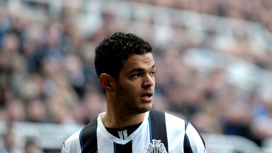 Hatem Ben Arfa: Finalises switch to Nice