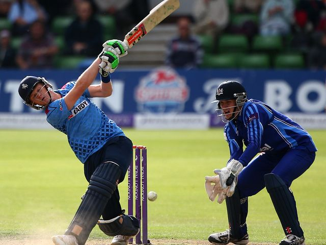 Sam Billings hits out on his way to 61 off 36 balls