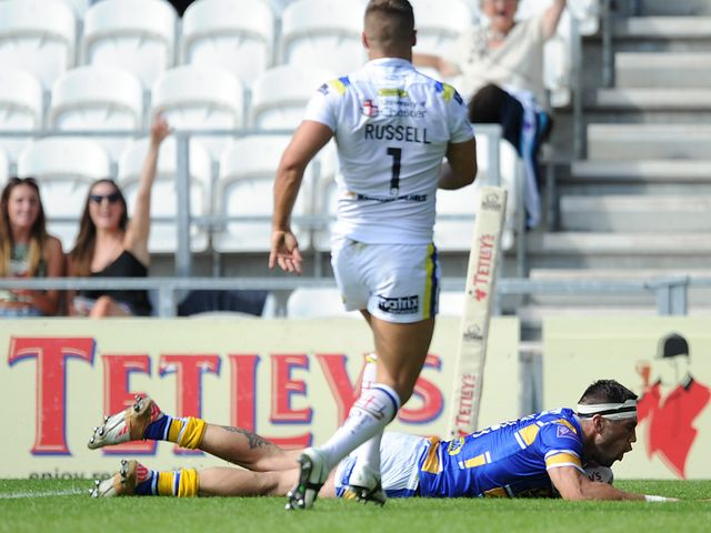 Joel Booth goes over for a Leeds try